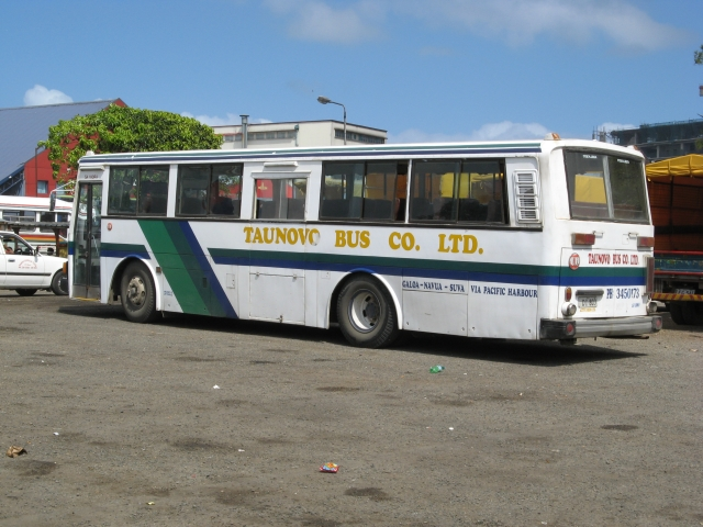 Taunovo Bus Co
